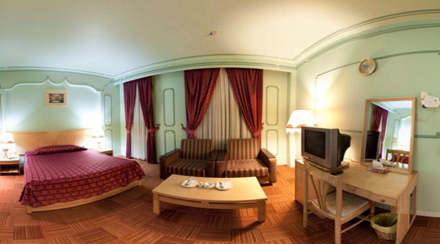 International Hotel Qom (3)