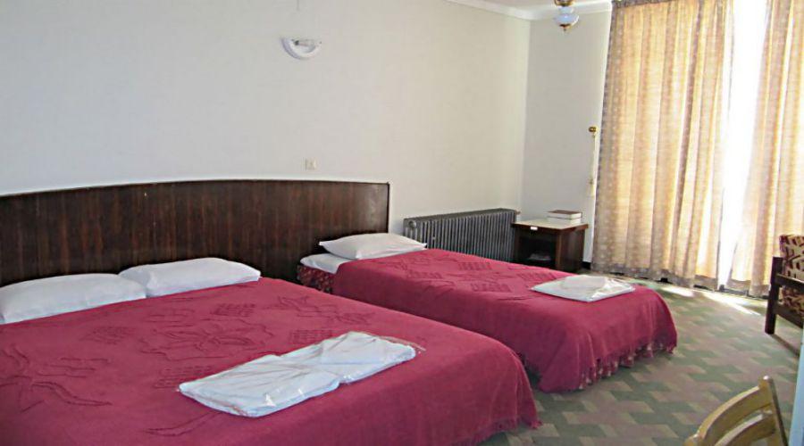 Jahangardi Hotel Estahban (2)