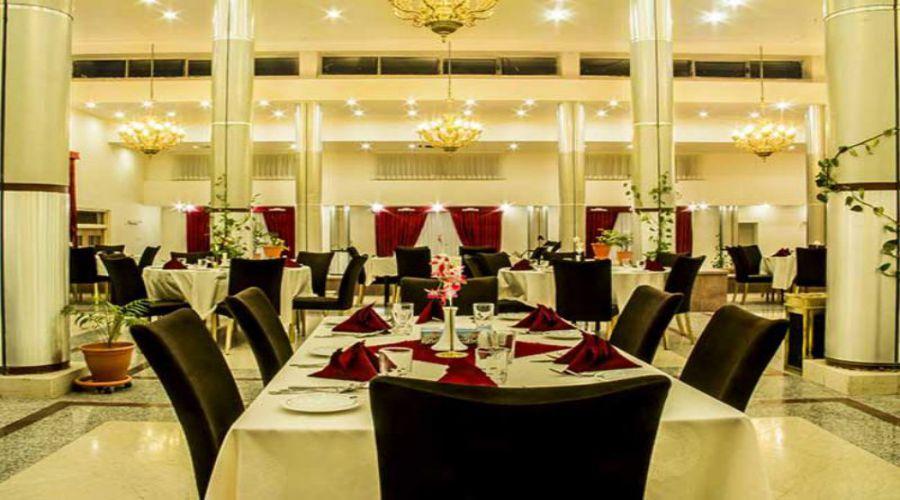 Nikan Hotel Bafq (2)