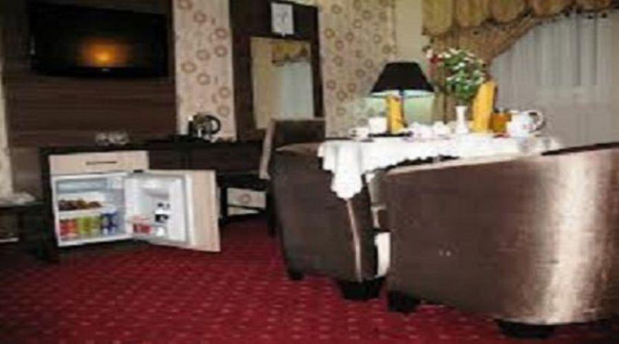 Parsia Grand Hotel Qom