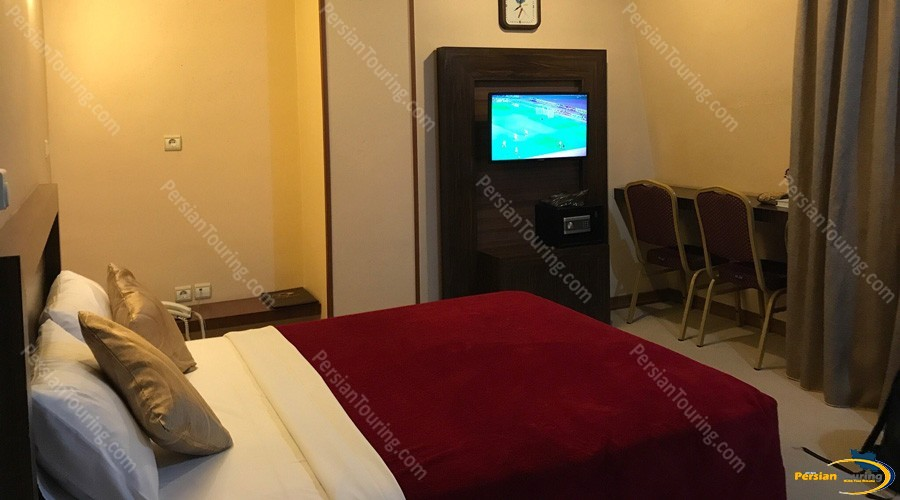 atlas-hotel-isfahan-double-room 1