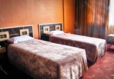 espadana-hotel-isfahan-twin-room-2