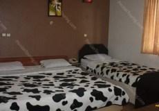 kaveh-hotel-isfahan-triple-room-2