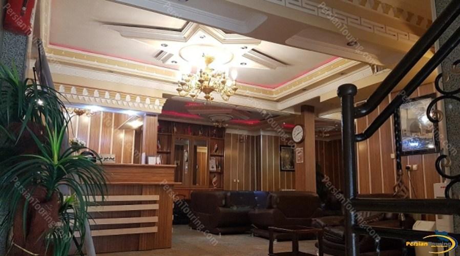 morvarid-hotel-isfahan-lobby-1