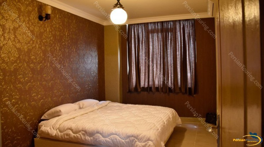 zendeh-rood-hotel-isfahan-double-room-1