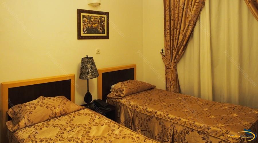 golestan hotel tehran-twin room 1