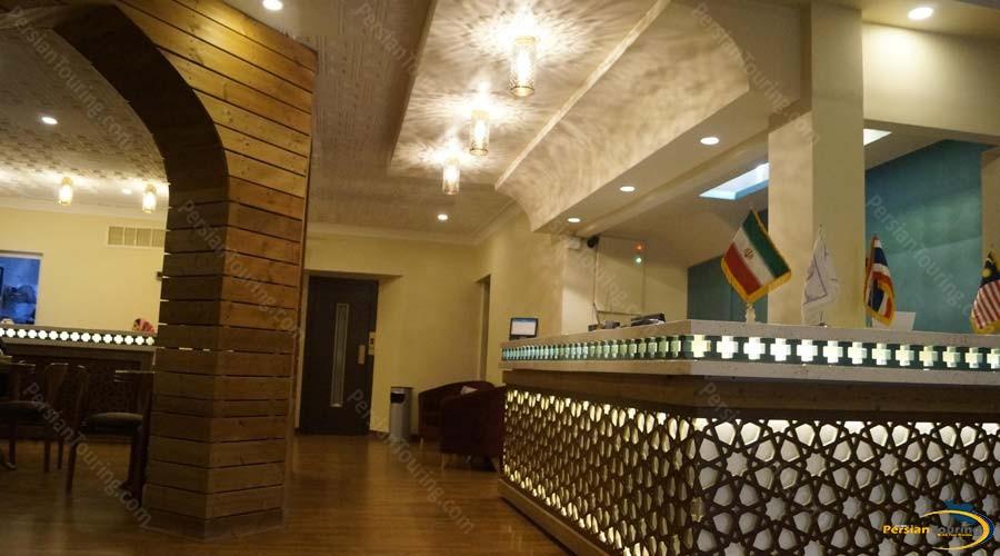 lotfalikhan-hotel-shiraz-labby-1