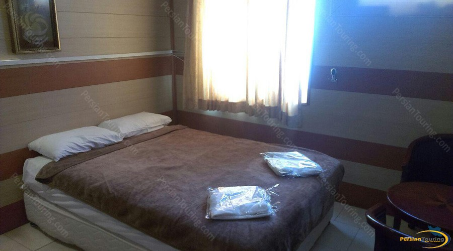 shams-hotel-qeshm-double-room-2