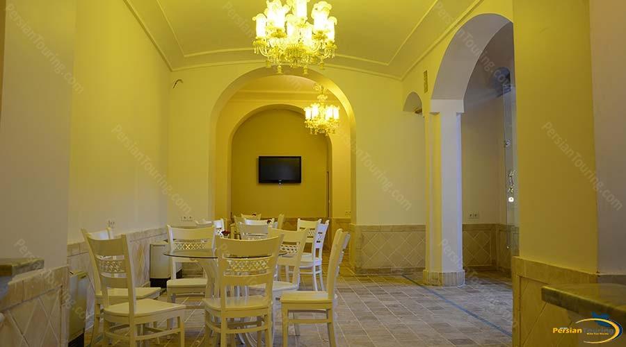 ariana-hotel-kashan-restaurant-1