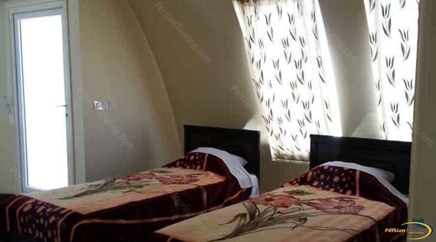 nayeb-apartment-hotel-kashan-quadruple-room-2