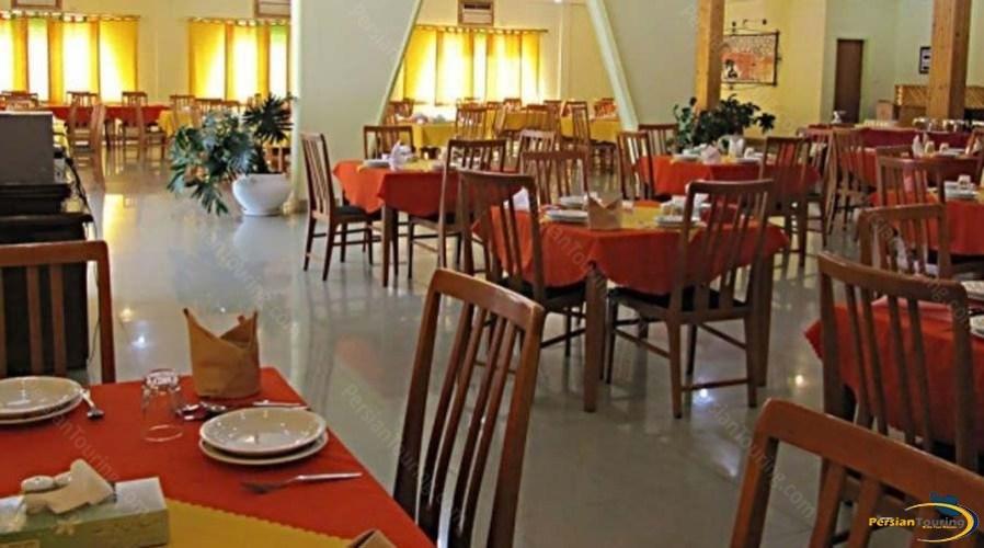 tourist-guest-house-shiraz-restaurant-1