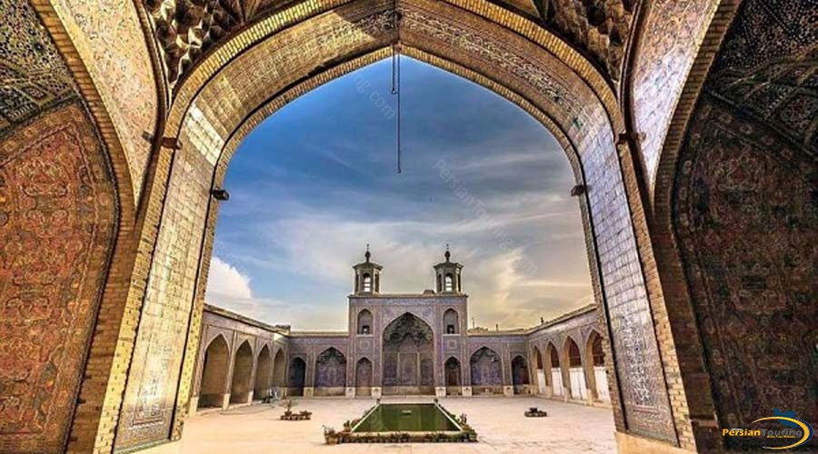 vakil-mosque-2