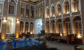 traditional-hotel-yazd-yard-3
