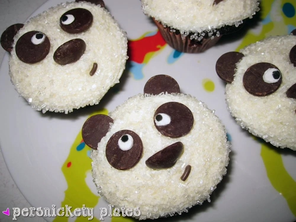 Adorable Chocolate Panda Cupcakes - perfect for a panda themed birthday party or just because! | Persnickety Plates