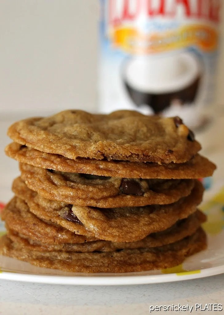 Coconut Oil Dark Chocolate Chip Cookies | Persnickety Plates