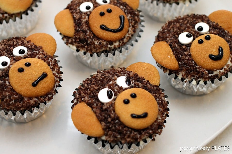 Monkey Cupcakes Are Such A Cute Dessert Idea You May Not Want To Eat Them These Delicious Homemade Chocolate Made With Sanding