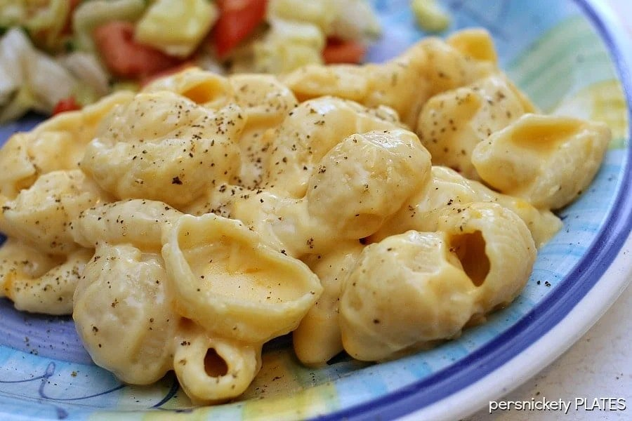 Stovetop Creamy Macaroni & Cheese is so much better than the box! | Persnickety Plates