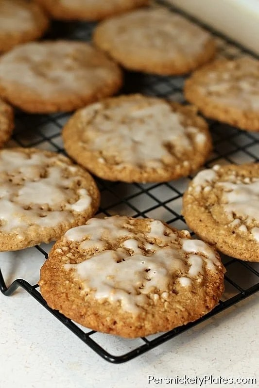 Soft & Chewy Iced Oatmeal Cookies | Persnickety Plates