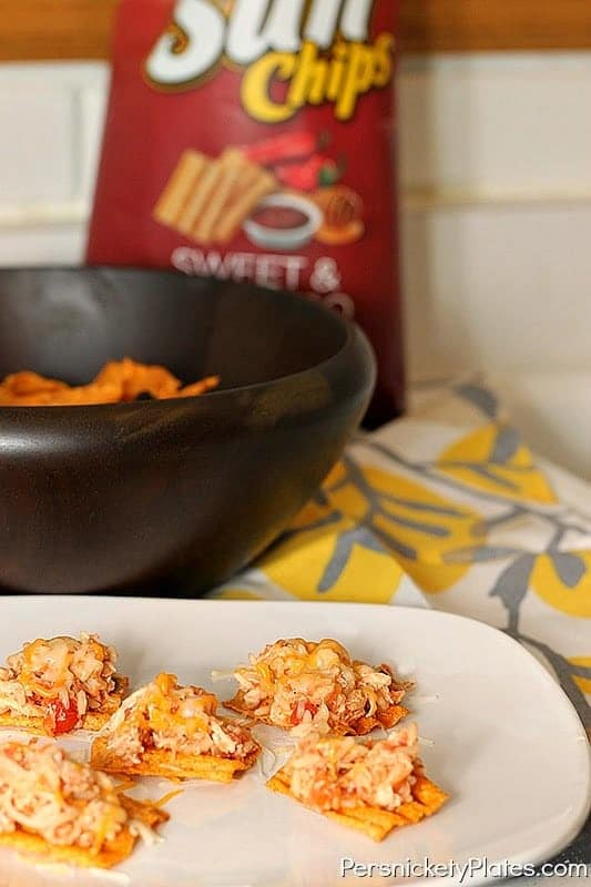Salsa Chicken Nachos With Sunchips Giveaway Persnickety Plates