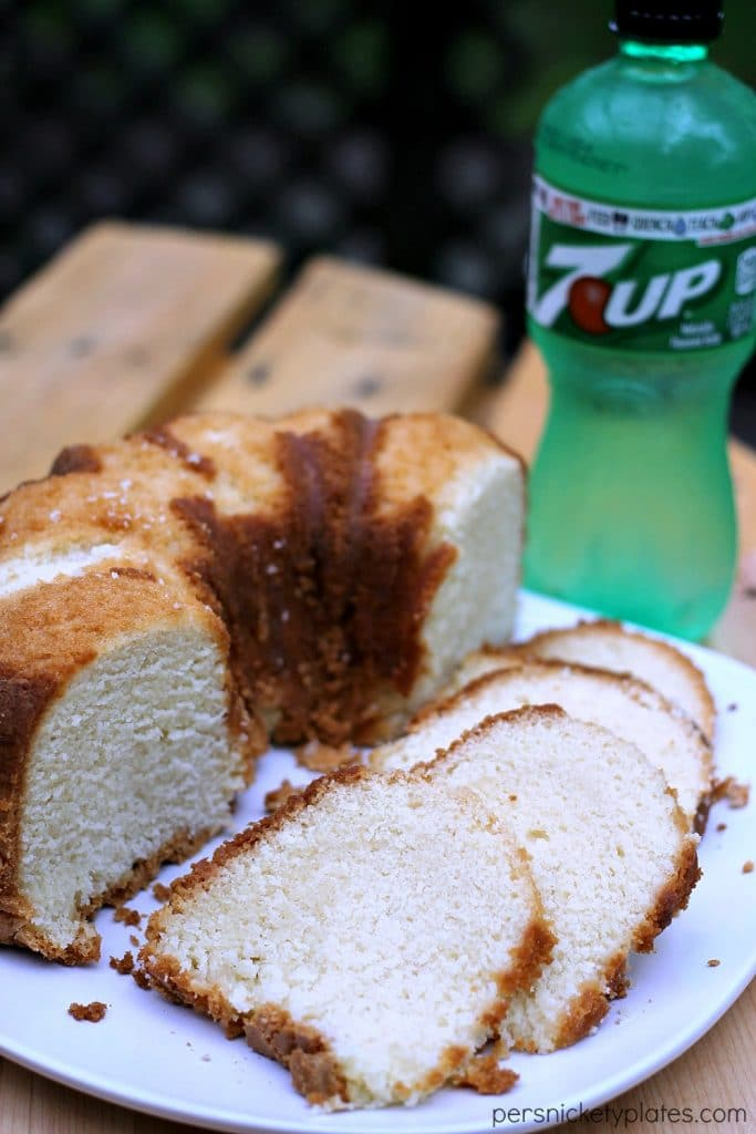 Classic 7-Up Pound Cake | Persnickety Plates