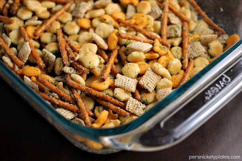 Ranch Cocktail Crackers - a blend of ranch flavored pretzels, goldfish, chex, oyster crackers, etc. Mix it up to include your favorites & it's perfect to munch on at parties! | Persnickety Plates