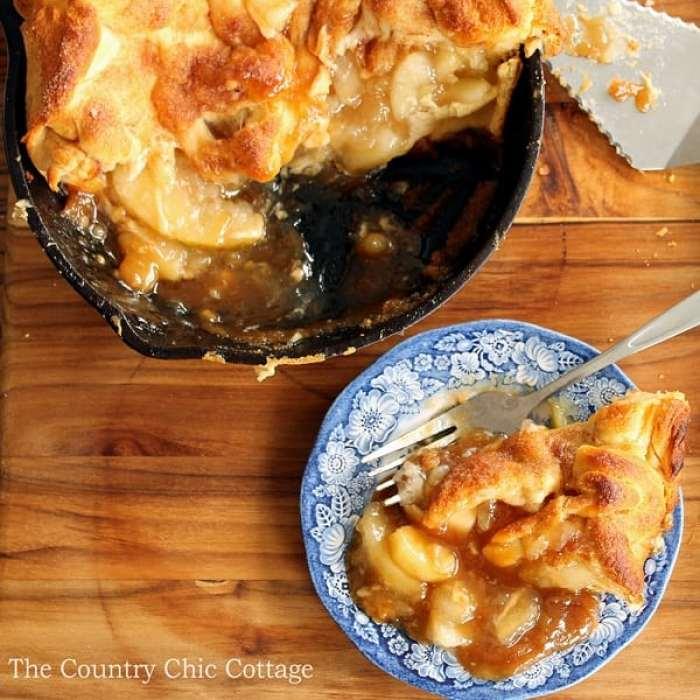 skillet-caramel-apple-pie-007