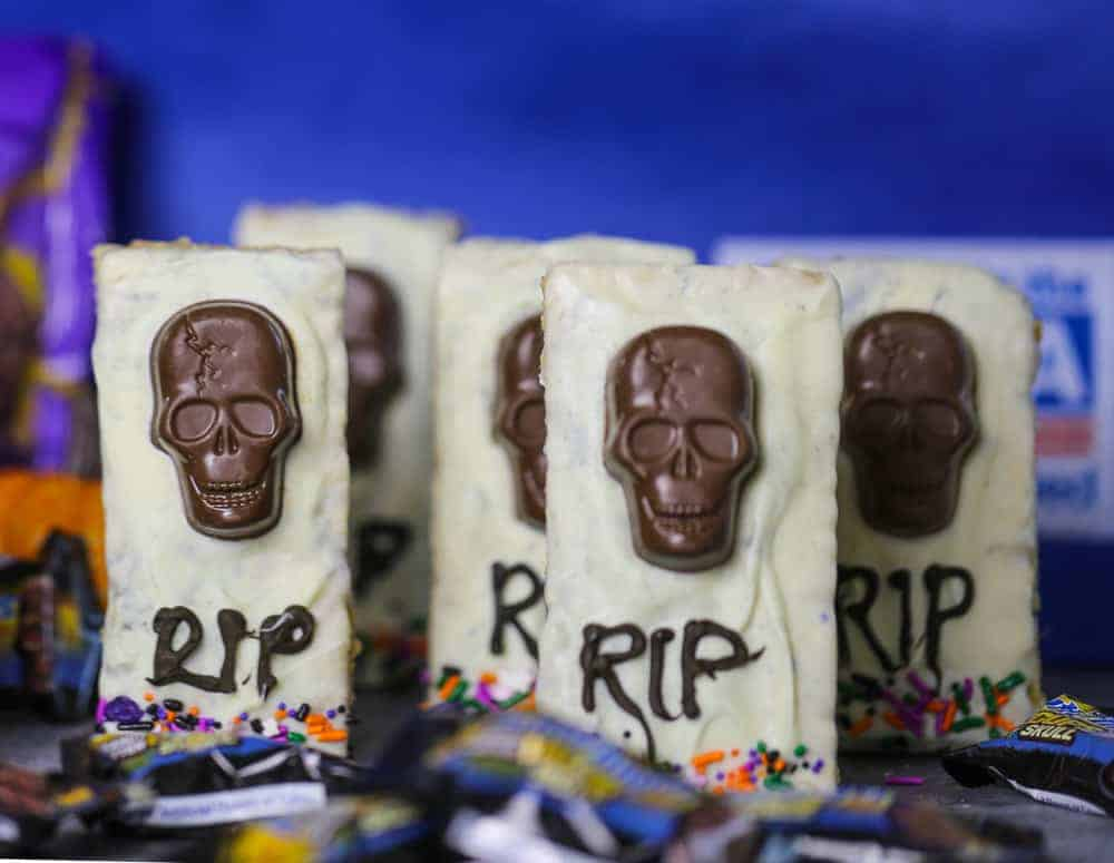 chocolate skulls on rice krispy tombs