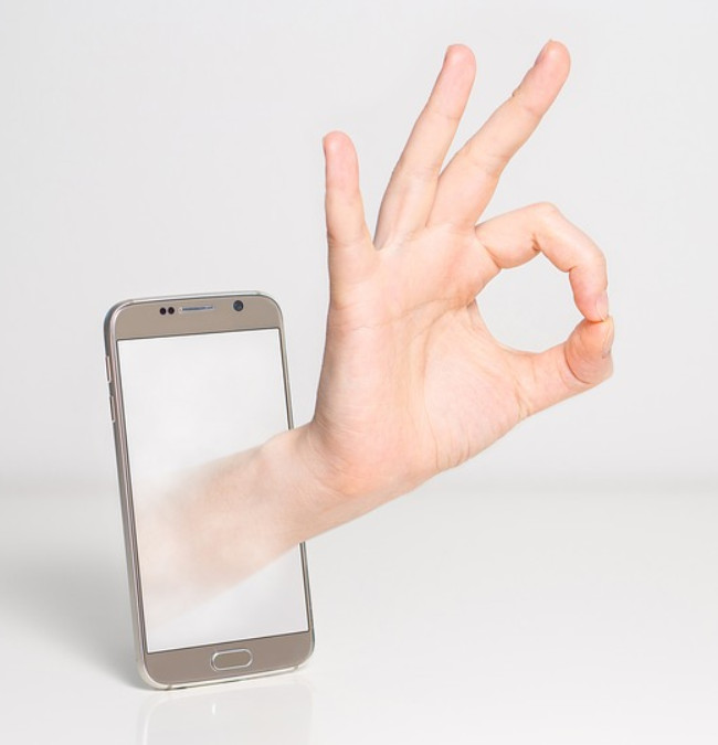 Mobile banking is ok photo via pixabay