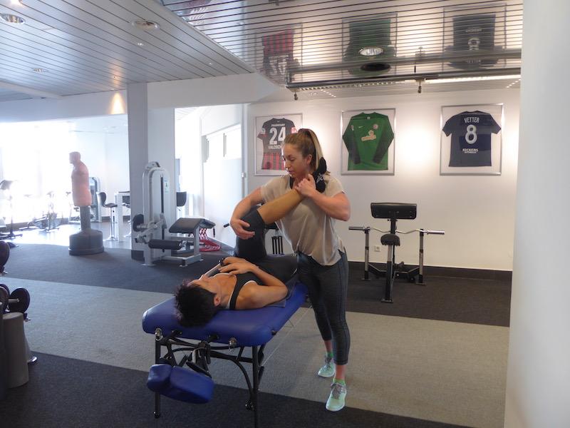 Warum die Fasciale Stretching Therapie besser als herkömmliches Stretching ist