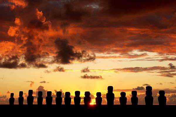 https://i1.wp.com/www.personal.ceu.hu/students/08/Szandra_Gonzalez/Images/easter_island_pictures.jpg