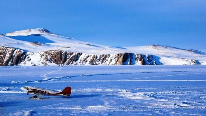 Due ricercatrici dell'ISPRA in Antartide con i partners Inglesi