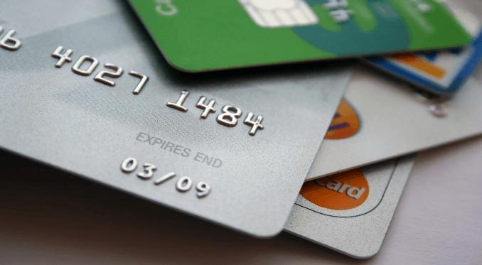 26 milioni d'italiani usano le Carte prepagate