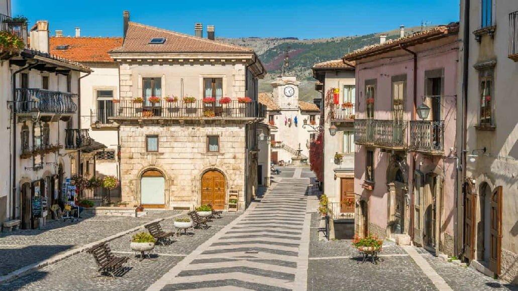 Pescocostanzo: un piccolo gioiello tra le montagne Abruzzesi