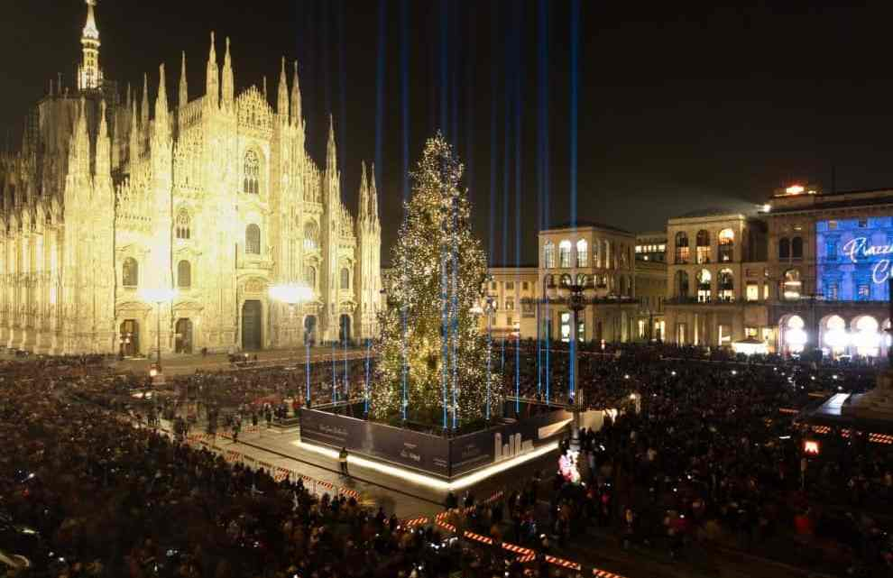 Albero Di Natale Milano.L Albero Di Natale Di Milano Articolo Di Paola Montonati
