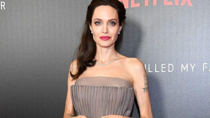 Tumore al seno: la storia di Angelina Jolie