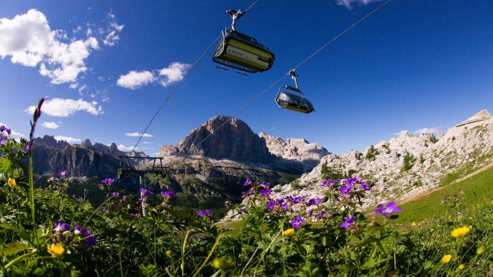 Cortina riparte e pianifica le sue aperture per l'estate