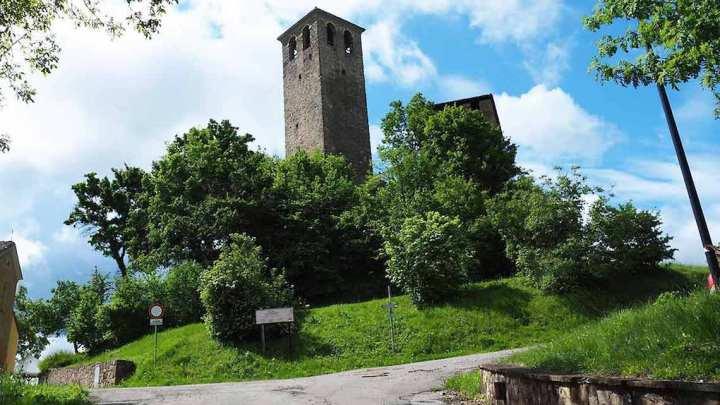 Castello di Sarzano tra i più belli del Ducato di Parma e Piacenza