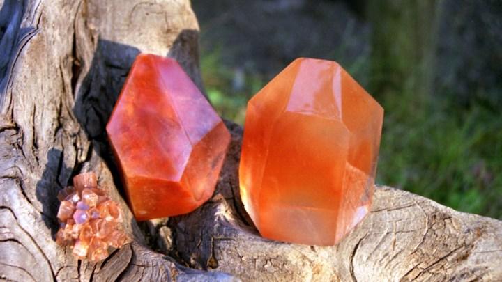Il magico mondo delle pietre preziose: Corniola