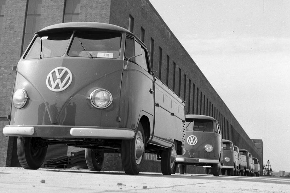"""Compie 65 anni il leggendario VW Bus chiamato affettuosamente """"Bulli"""""""