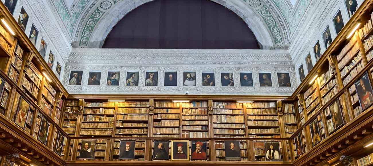 La grande Biblioteca Ambrosiana, cuore di Milano