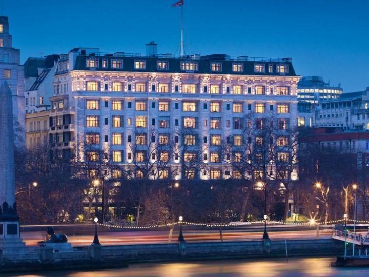 Il grande hotel Savoy di Londra