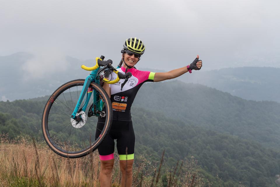 """La ultracyclist Paola Gianotti parte da Roma per """"All4Bike"""": 740km di pedalata con arrivo a Milano"""
