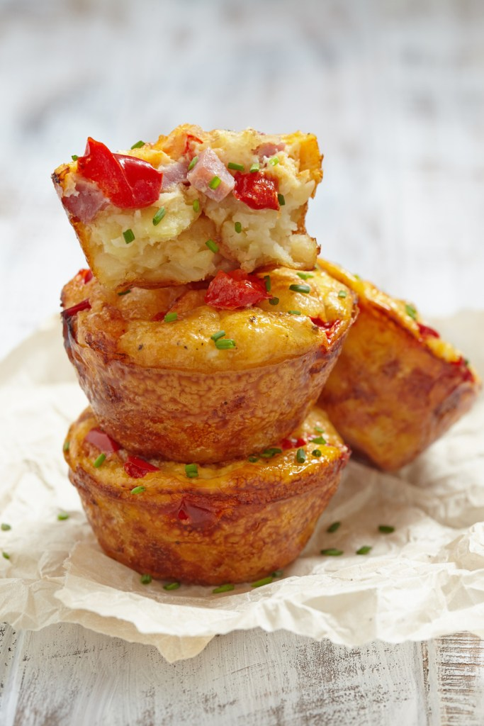 Make these healthy Personal Trainer Food breakfast egg muffins you can snack on; they're great appetizers for holiday meals too!