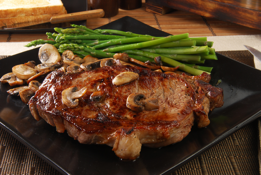 Go ahead, order your favorite steak and lose fat with Personal Trainer Food.
