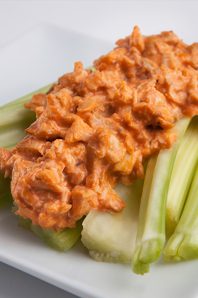 buffalo-chicken-celery-sticks_pinterest