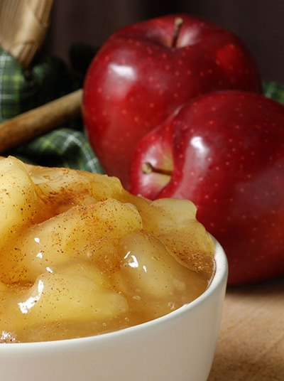 Pin this for great tips to avoid holiday weight gain with this apple pie recipe that will help you burn fat.