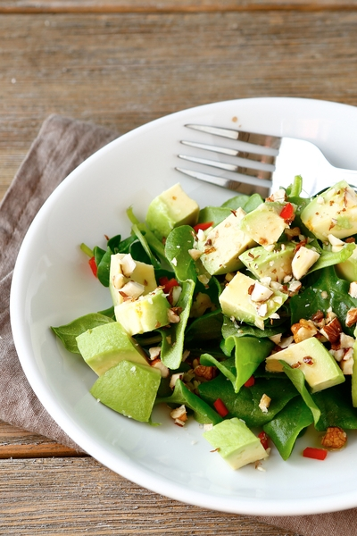 Pin this for more creative weight loss ideas and recipes using real foods: Personal Trainer Food's Almonds are AWESOME on salads, instead of stale croutons!