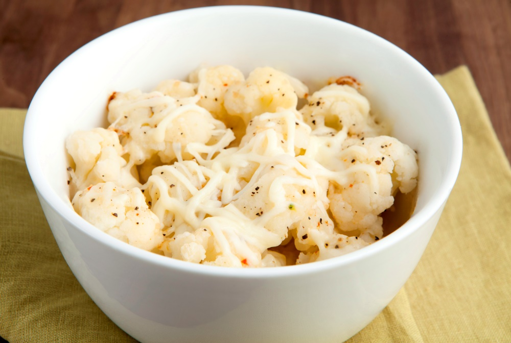 Savor this low-carb bowl of Personal Trainer Food Italian Cauliflower to lose weight.
