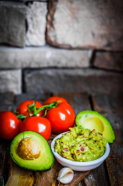 Pin this: Can you lose weight by eating avocado? Find out the truth about this and other vegetables from Personal Trainer Food.