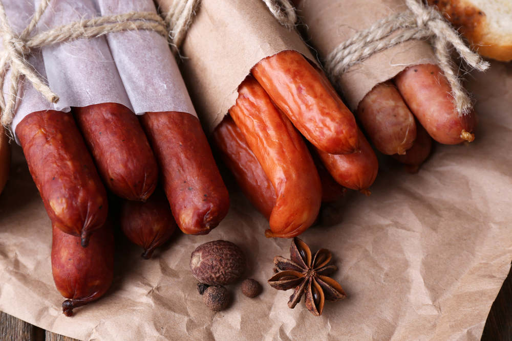 Need some new snacks in your routine-- check out these little sausage gems you can find in the deli to help you lose weight naturally with Personal Trainer Food.